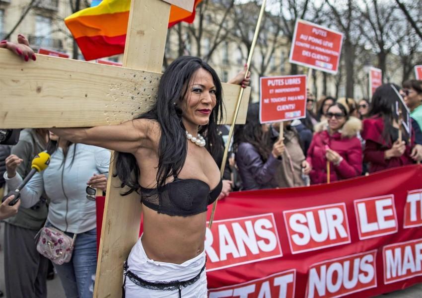 Проститутки Во Франции Фото